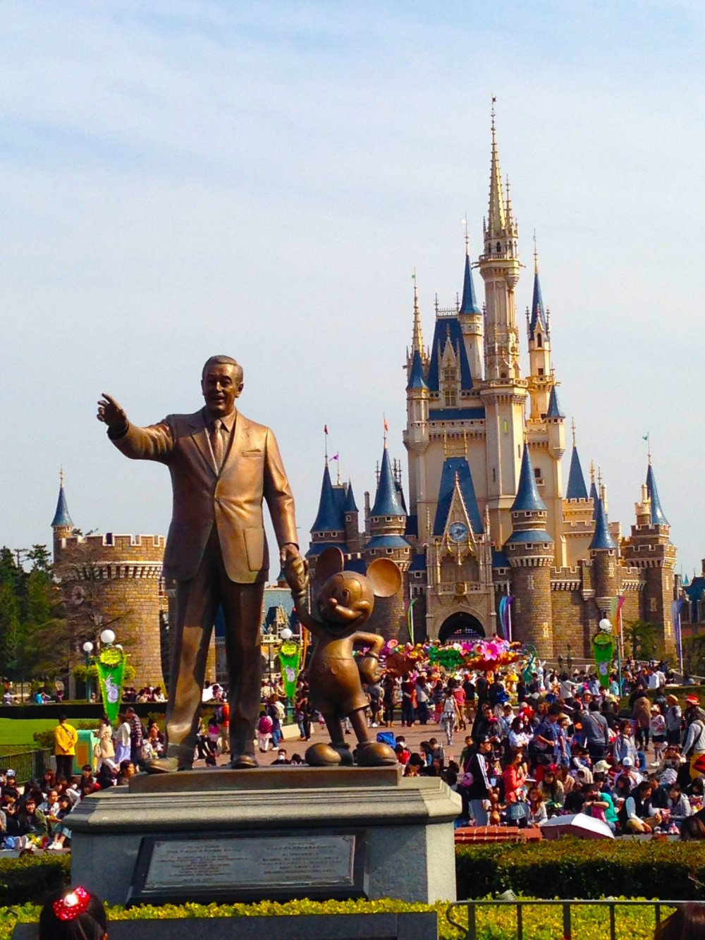 Tokyo disneyland dreamy easter chiba japan airlines japan walt disney with his partner mickey mouse and the cinderella castle in the background gumiabroncs Image collections