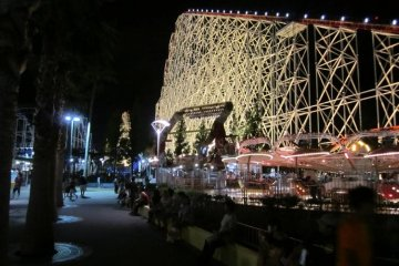White Cyclone by night