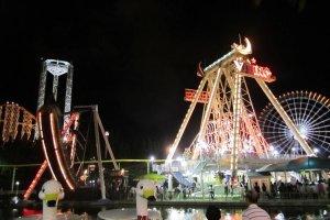 Nagashima Spaland ban đêm