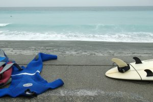 You can rent surfboards and wetsuits on the island.