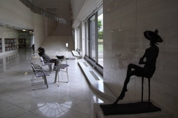 <p>The sculptures are as relaxed as the visitors</p>
