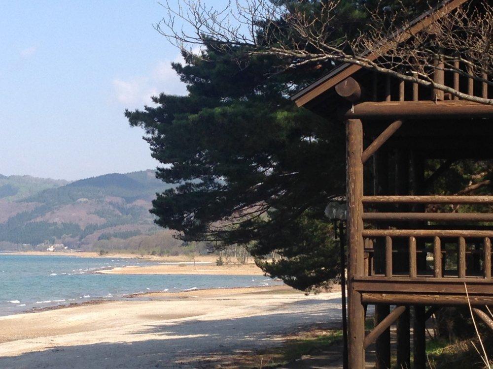 Một khung cảnh giống như mùa hè ở trung tâm phía bắc Nhật Bản ở Tazawako hay hồ Tazawa