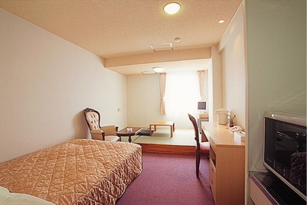 Double with Mini Kitchen & Tatami Lounge