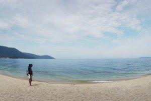 Cảnh bãi biển.