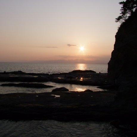 에노시마의 뒷 해변