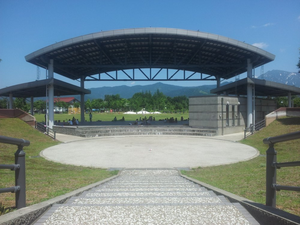 The stage and performance area with its shade-giving roof