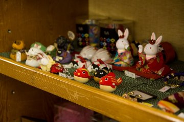<p>Trinkets for sale</p>