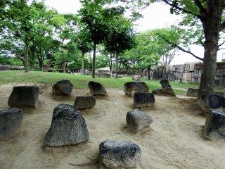 Pekarangan berbatu di Kastil Osaka