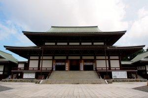 Naritasan Temple Main Hall
