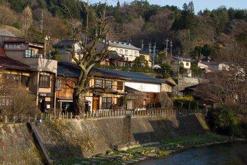 매력적인 도시, 타카야마