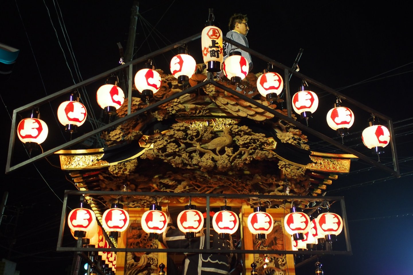 The ornate carvings on the Yatai