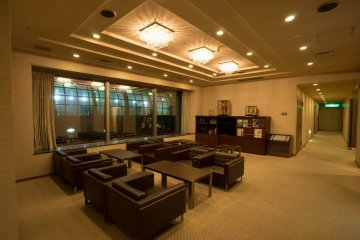 <p>Lounge inside the member and hotel guest area</p>