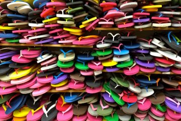 <p>Flip-flops from Genbei, a beach sandal shop in Hayama. So many fun colors to select from!</p>