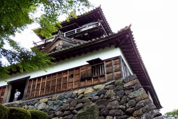 <p>Maruoka Castle, the oldest wooden castle still standing on Japanese soil. The castle ruins were made into Kasumigajo Park and there&#39;s only the main keep left in the ruins</p>