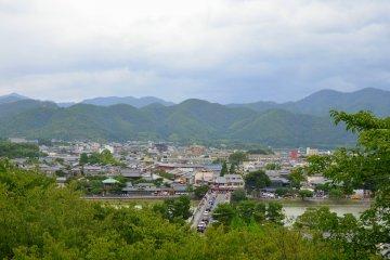 <p>Splendid views from Horinji Temple.</p>