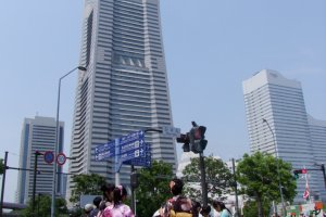 True beauty: The Landmark Tower and Kimono-clad Ladies.