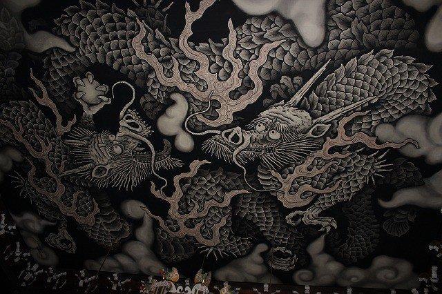 講堂天井に描かれた双龍絵図