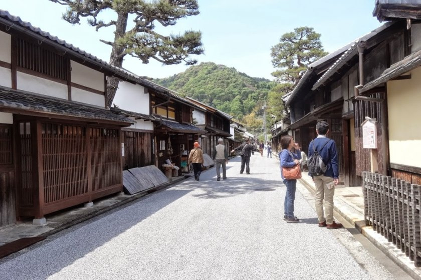 Shinmachi-dori is an old merchant street lined with traditional wooden houses