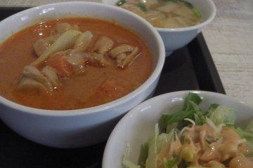 <p>Massaman curry</p>