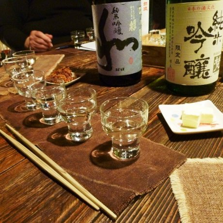 島田商店で日本酒を楽しむ