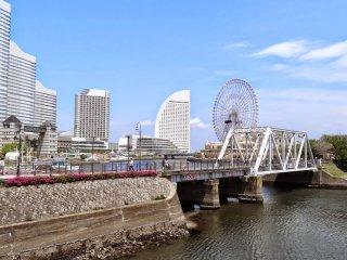 เส้นทางเดิน คิชะมิชิ (Kishamichi) เส้นทางเดินยาวประมาณ 500 เมตร