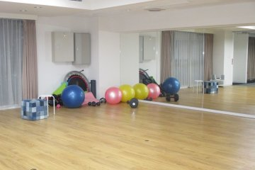 <p>The dance studio has equipment for yoga, weightlifting and more</p>