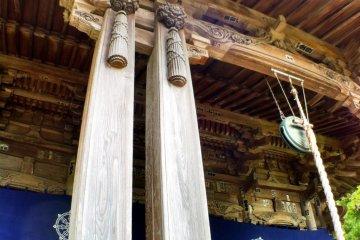 Romanesque Taisho-era pillars