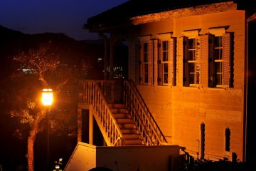 <p>I strolled on a street looking for good night-view spots and reached Glover Garden</p>