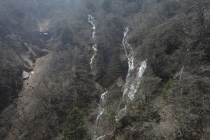 There are numerous other falls flowing out from rocks behind Kegon-no-taki.