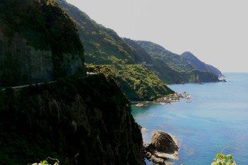 Dari Desa Ine ke Pantai Kotohiki