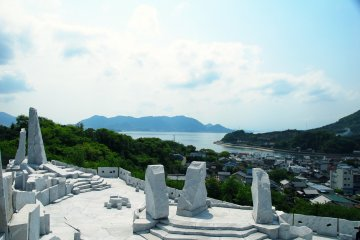 <p>Overlooking the Seto Inland Sea beyond the &#39;Stage of Big Turtles (Kigyoku no Butai)&#39;. What a refreshing view!</p>