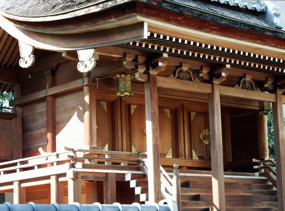 Main hall of Shibata Shrine