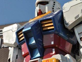Le Gundam géant d'Odaiba