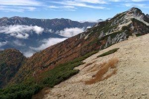 Gunung Tsubakuro di musim gugur
