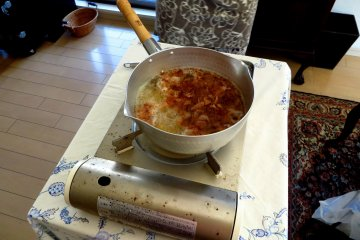 <p>Making the Dashi, a soup base (famously used in Miso soups).&nbsp;</p>