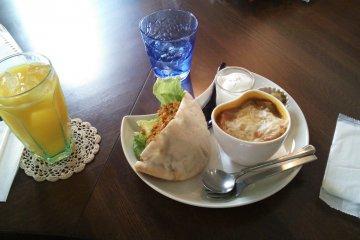Cafe Poche