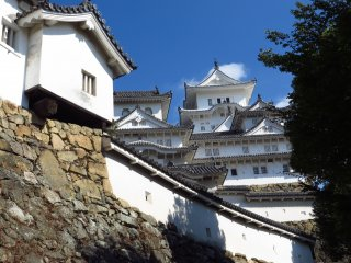 Unlike many of the other castles in Japan, it was never destroyed by any war or natural disasters; which adds to its fame.