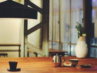 Bên trong quán cà phê