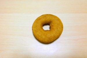 โดนัทเต้าหู้สูตรดั้งเดิม เมนูอร่อยยอดฮิตที่ควรลองชิม ส่วนผสมที่คิดค้นขึ้นนั้นเป็นสูตรเฉพาะตัวที่ทำให้โดนัทของhara donuts (はらドーナッツ) นั้นอร่อยกำลังเหมาะทีเดียว