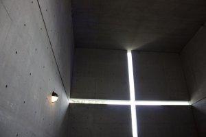 แสง - เงา - คอนกรีต : คือเอกลักษณ์อย่างหนึ่งของการออกแบบงานสถาปัตยกรรมโดยทาดาโอะ อันโด ที่มีมิติมากกว่าที่ตาเห็น