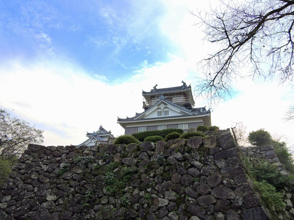 Echizen Ono Castle, also known as 'The Castle in the Sky'. Several times a year, when Ono city is covered in mist, the castle looks as though it's floating in the sky.