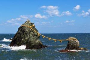 Les rochers sont beaucoup plus beaux à marée haute