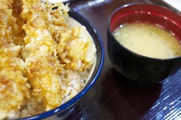 <p>&#39;All-star Tempura&#39; and miso soup at Tempura Tendon Tenya in Harajuku</p>