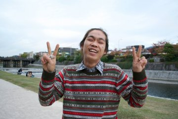 <p>I got to talk to this young man for only 5 minutes but his energy and positive aura inspired me 100%</p>