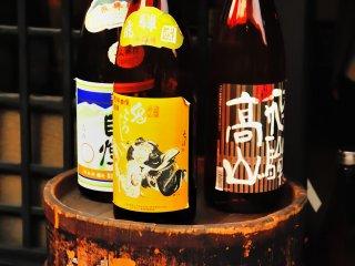酒蔵が多く、たいてい日本酒の試飲が出来る。高山ならではである