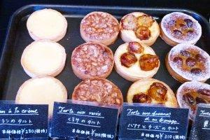 บรรดาเมนูอร่อยน่าหม่ำของเบเกอร์รี่ในร้านLe Petit Mac - Oike (ル・プチメック 御池)