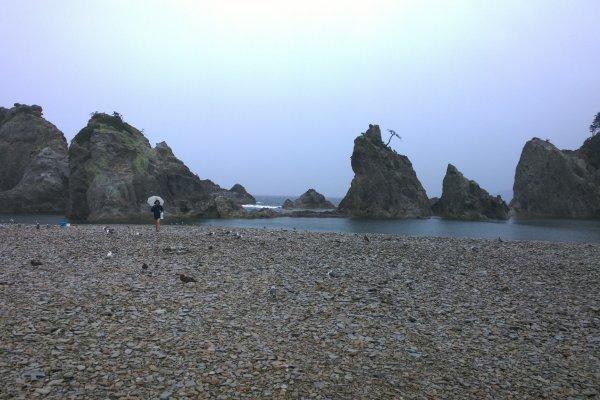 Jodogahama ở Miyako, một trong 10 địa điểm đẹp nhất tại Nhật Bản. Không may là thời tiết hôm đó không đẹp lắm