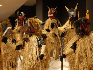 When Namahage visit homes during new years they are offered mochi, sake, and other treats to persuade them not to take the bad children in the household.
