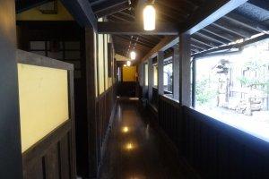Koridor luar ruang