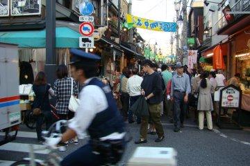 ยะนะกะ กินซ่า ในไทโตะ-กุ